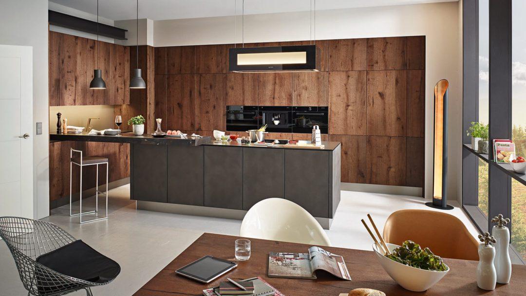 Keuken met greeploos kookeiland