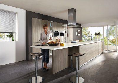 Moderne kunststof houtkleurige  keuken