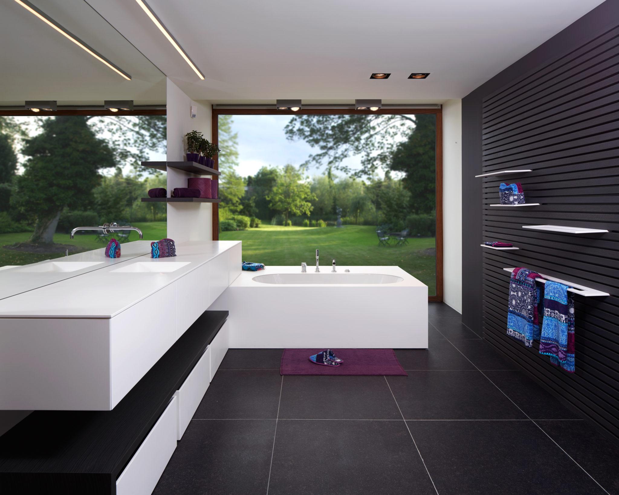 Een Gezellige Badkamer : Gebruiksvriendelijke badkamer met oog voor detail masure