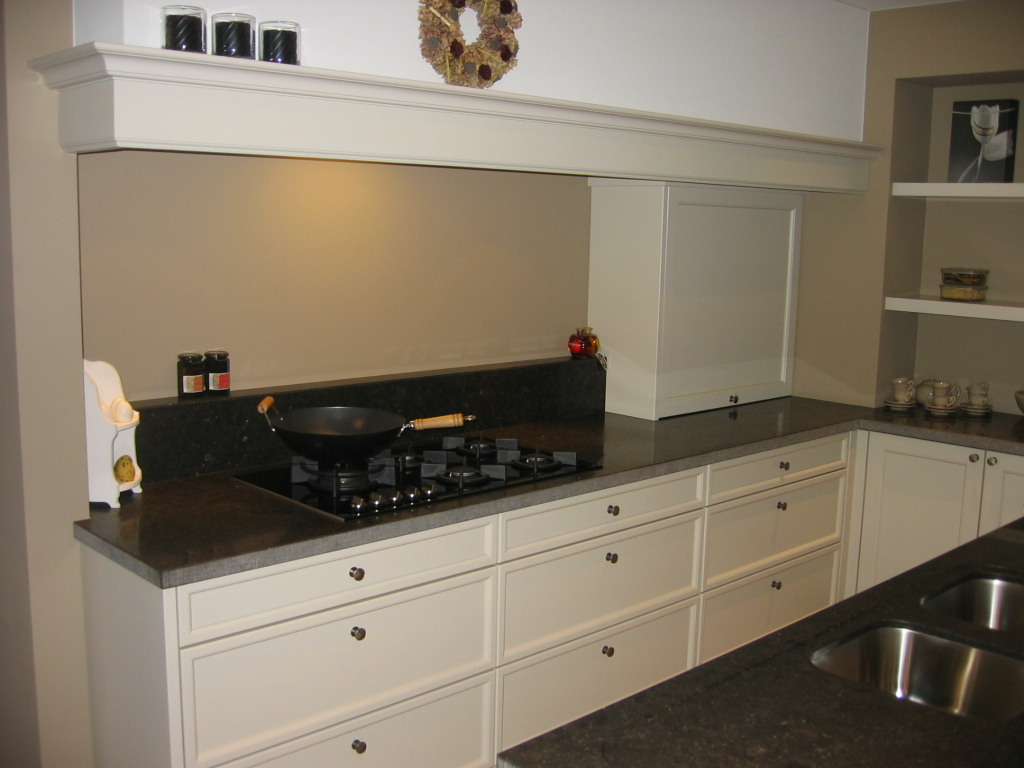 Retro Design Keuken : Retro landelijke keuken masure